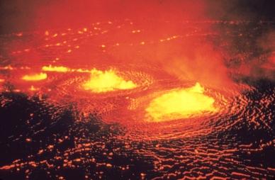 Eruption_1954_Kilauea_Volcano.jpg